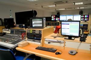 Osam lokalnih radio i tv stanica na aukciji